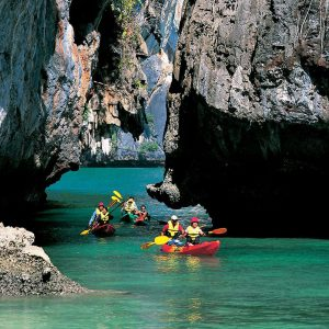 sea cave kayak at bor thor