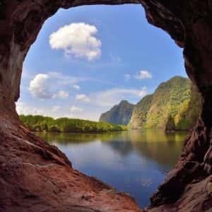 sea cave kayaking , khao karos, khao karos krabi