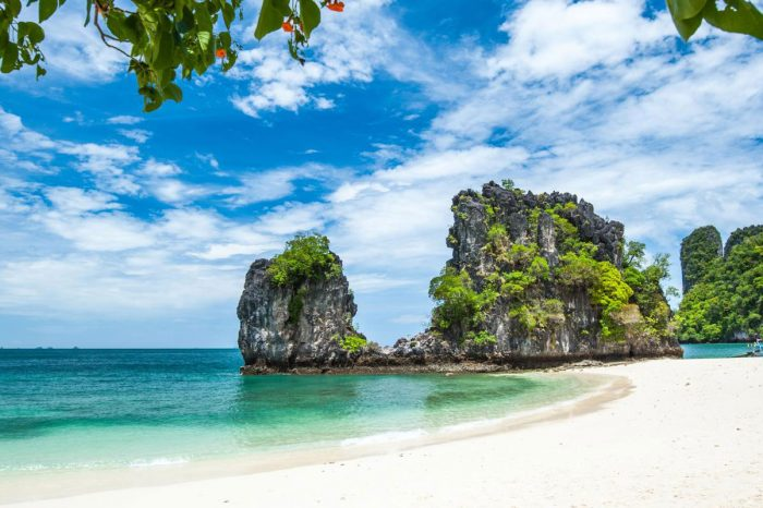 Hong Island Sunset Tour From Krabi