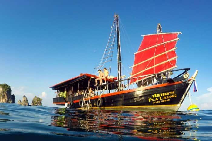 The Best Krabi Sunset Cruises Tour krabi tour OH-HOO : Krabi Tours & Activity, Phi Phi Island Tour, Phuket Tour CoverKrabiSunsetCruises 700x466