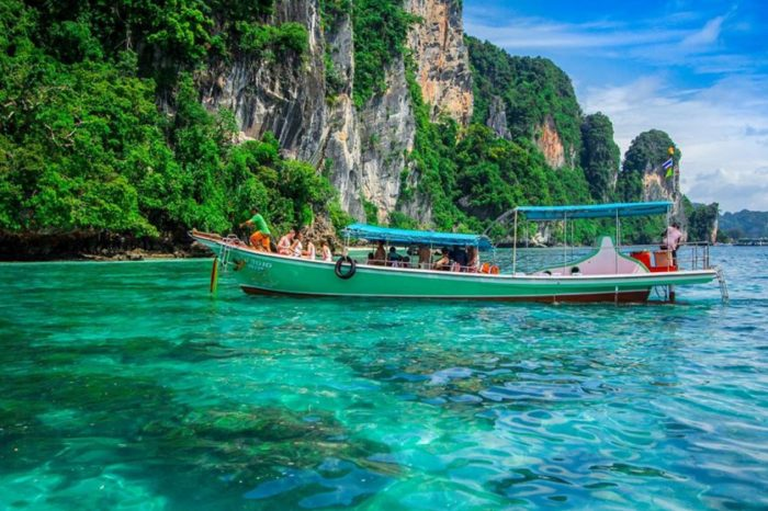 Snorkeling Phi Phi Islands Tour From Phi Phi Don By Longtail Boat things to do Things to Do, Destination, Tours & Activity SnorkelingPhiPhiLongtailCover 700x466