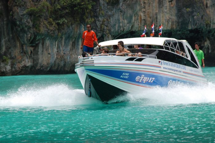 Snorkeling Phi Phi Island Tour From Phi Phi by Speedboat things to do Things to Do, Destination, Tours & Activity SnorkelingPhiPhiSpeedBoatCover 700x466