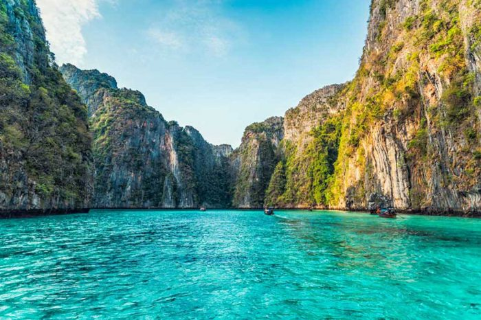Phi Phi 7 Islands Tour From Phi Phi by Longtail Boat things to do Things to Do, Destination, Tours & Activity Phi Phi 7 Islands Tour From Phi Phi by Longtail Boat 700x466