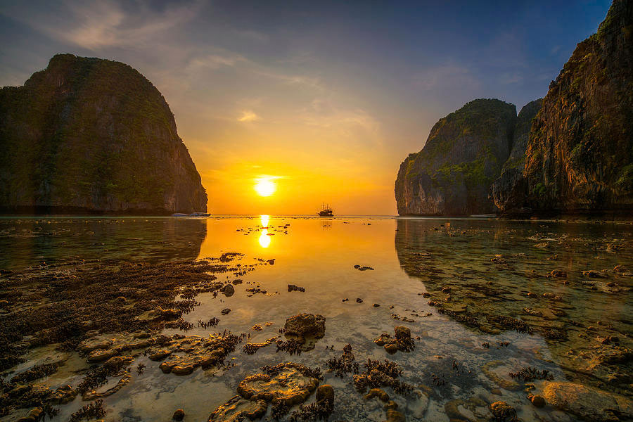 phi phi island sunset tour, tour from phi phi , sunset tour phi phi island sunset tour Phi Phi Island Sunset Tour From Phi Phi by Longtail Boat Phi Phi Island Sunset Tour From Phi Phi by Longtail Boat 1