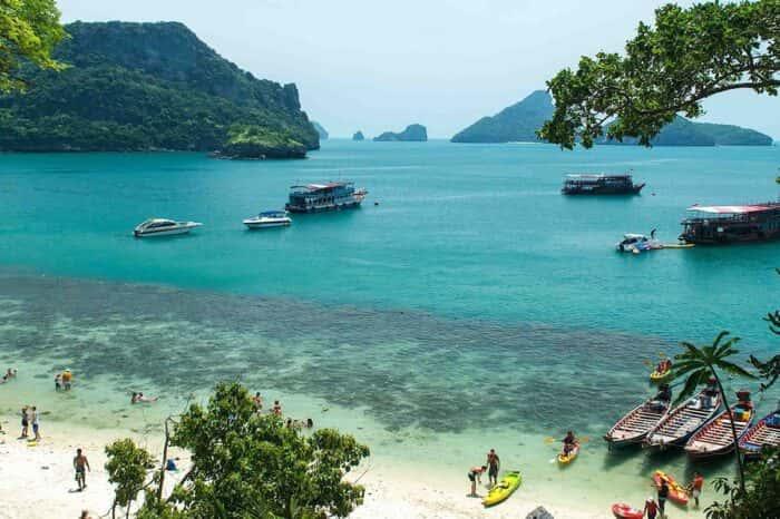 Angthong National Marine Park Snorkeling & Kayaking Tour : Koh Phangan