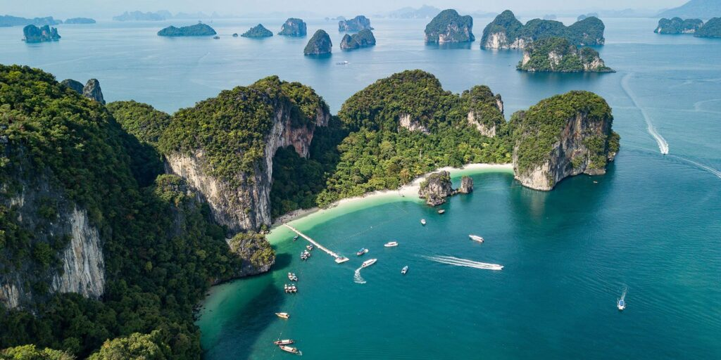 krabi attractions, thale waek (separated sea), koh poda, phi phi island, ao nang, railay bay krabi attractions Krabi attractions are must-see and worthwhile Koh Hong Hong Island 13 1024x512
