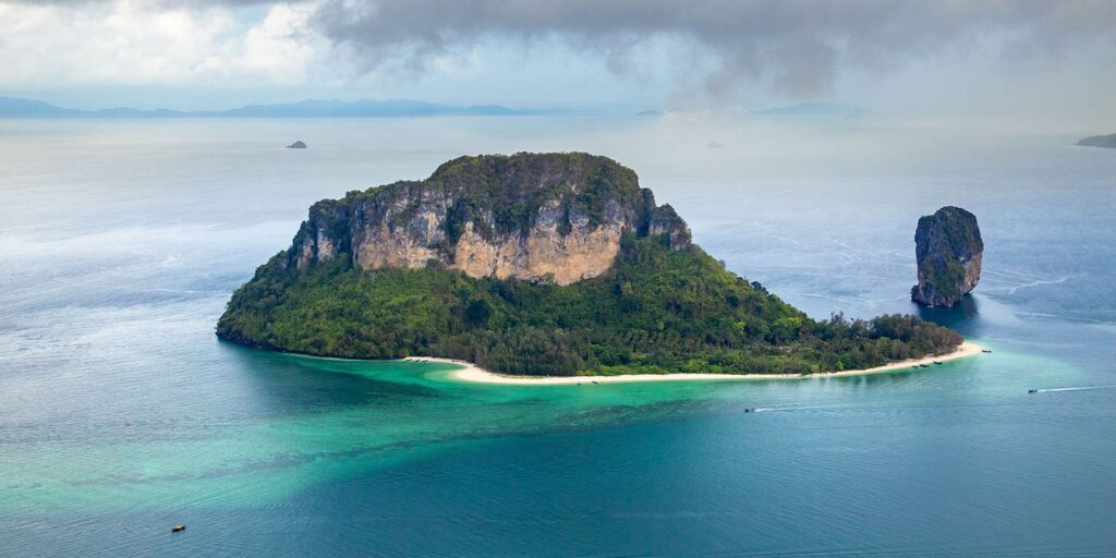 krabi attractions, thale waek (separated sea), koh poda, phi phi island, ao nang, railay bay krabi attractions Krabi attractions are must-see and worthwhile Koh Pod Poda Island 02 1024x512