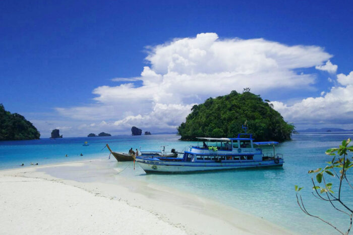 Krabi 4 Island Tour By Big Boat