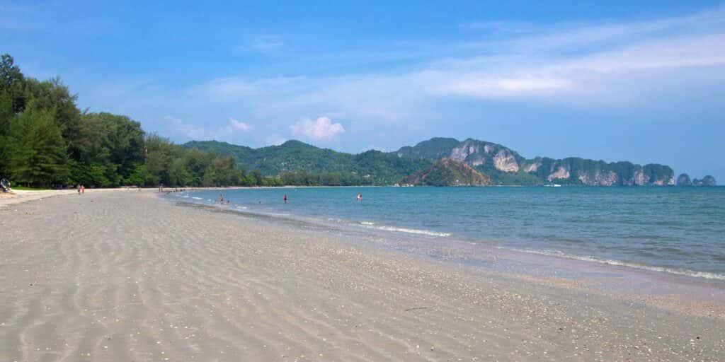krabi attractions, thale waek (separated sea), koh poda, phi phi island, ao nang, railay bay krabi attractions Krabi attractions are must-see and worthwhile Nopparat Thara Beach 08 1024x512