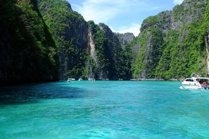 Phi Phi and Khai Island Tour by Seastar Andaman From Phuket