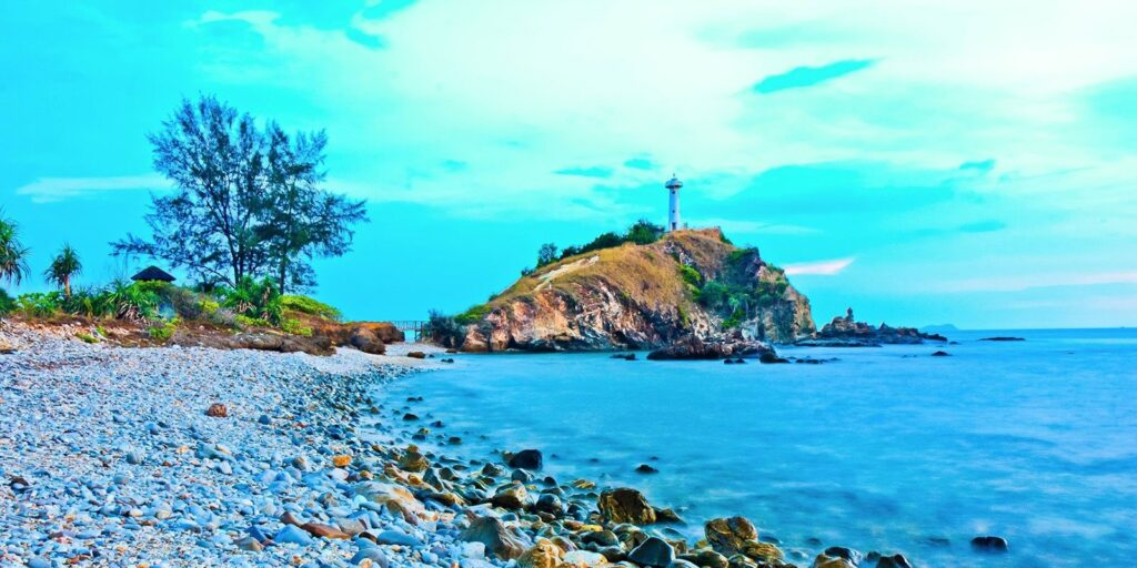 the most beautiful islands in thailand the most beautiful islands in thailand The most beautiful islands in Thailand and worthwhile to visit 06 Koh Lanta 1024x512