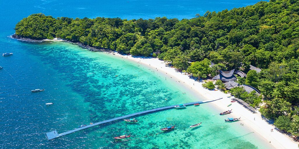 the famous places in phuket the famous places in phuket The famous places in Phuket must visit and should come to travel once Hey Island Corals Island 1024x512
