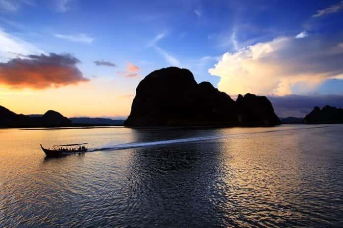 Phang Nga Bay Sunset Dinner Cruise With Sea Canoe From Phuket