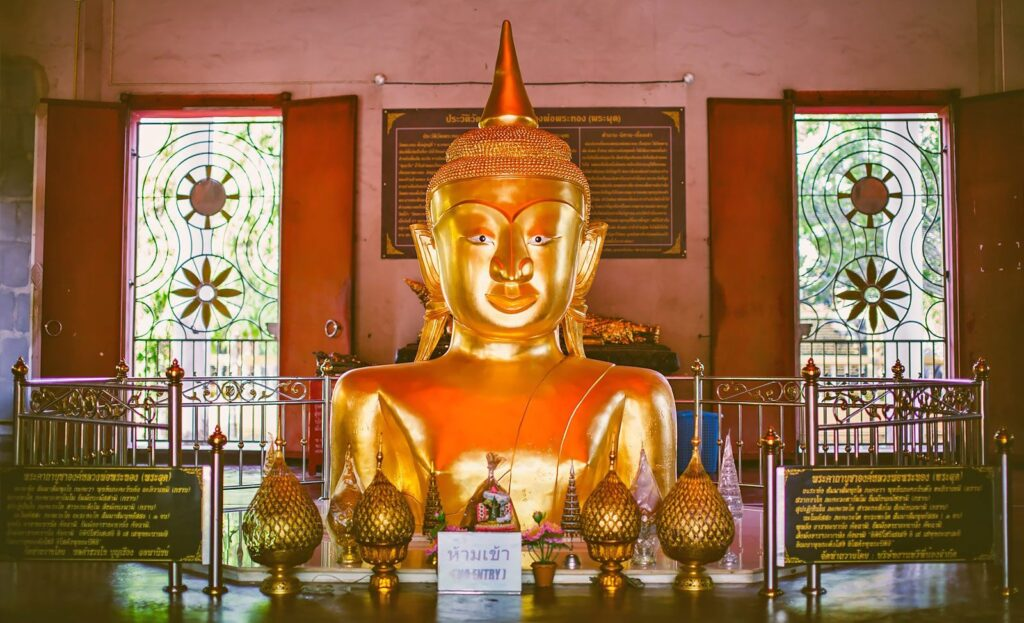 the famous places in phuket the famous places in phuket The famous places in Phuket must visit and should come to travel once Phra Thong Temple Wat Phra Phut 1024x623